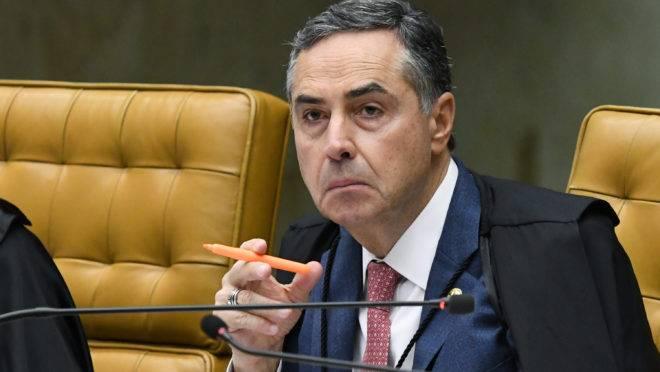 Min. Roberto Barroso